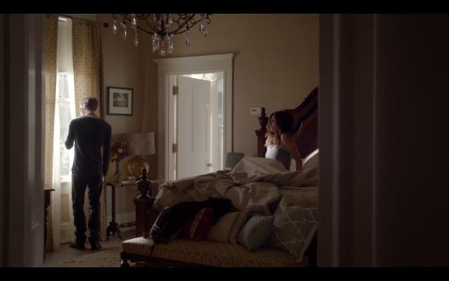 File:1x02-Klaus in Hayley's room 2.png