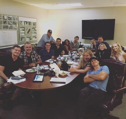 File:07-15-2015-Candice King-Instagram.jpg