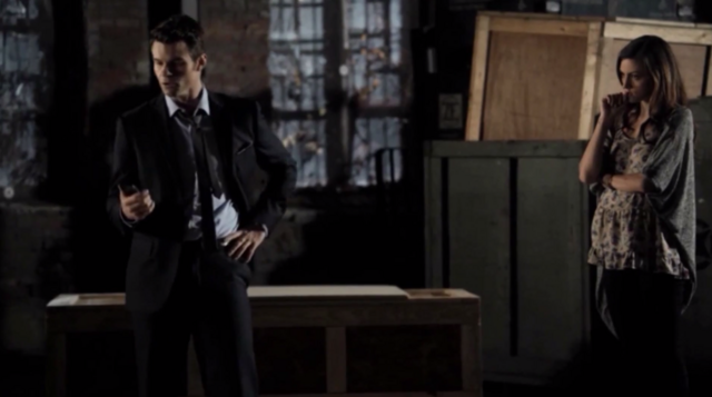File:Elijah and Hayley 1x12...png