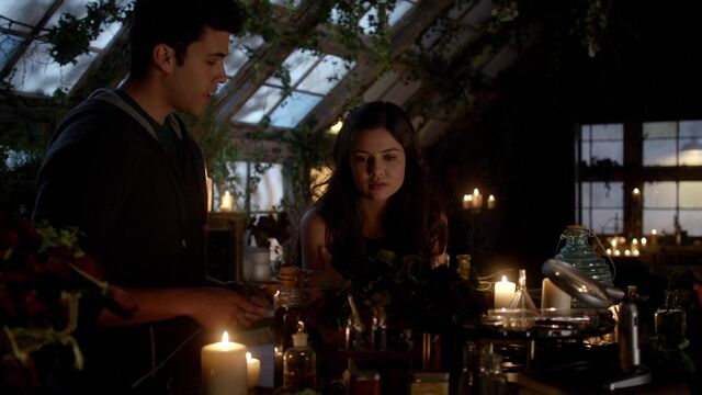File:The Originals s01e17 HD1080p KISSTHEMGOODBYE NET 1566.jpg