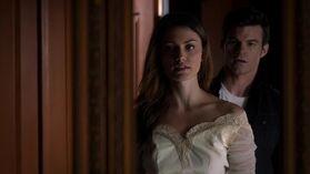 Hayley and Elijah 1x10.