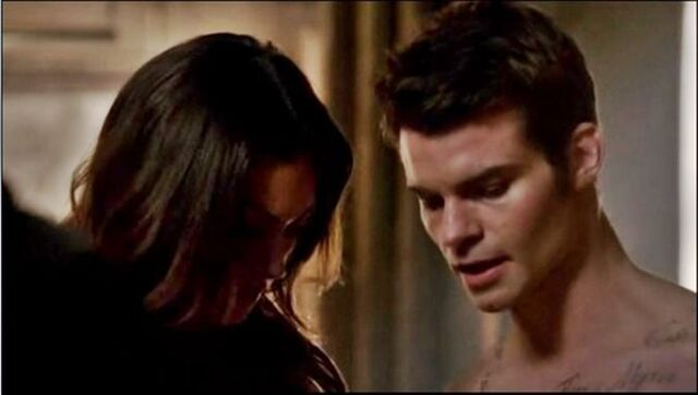 File:Haylijah in 1x14.jpg