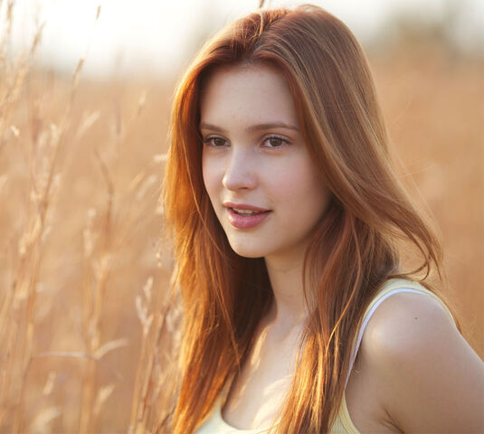 File:Alexia Fast(a).jpg