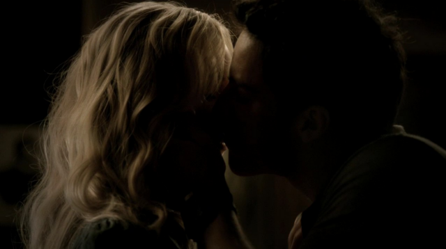 File:Caroline and Tyler 3x6.png