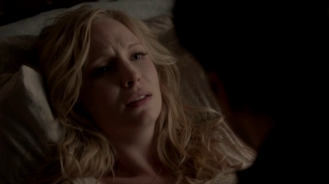 File:Caroline and Tyler in 4x13.png