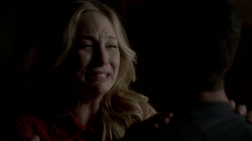 File:Caroline-cryin.png