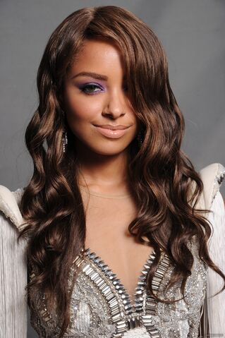 File:2011 Teen Choice Awards 10 Kat Graham.jpg