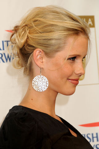 File:Claire-holt-30.jpg