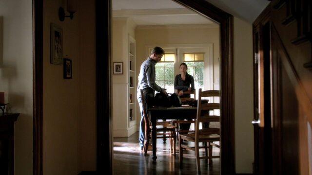 File:Alaric and Elena.jpg