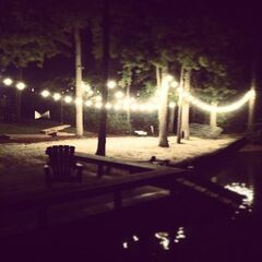 4.09 Lake House
