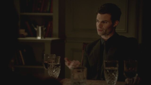 File:The-Vampire-Diaries-3x13-Bringing-Out-the-Dead-HD-Screencaps-elijah-28811915-1280-720.jpg