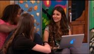 212px-VICTORIOUS S01E18 A Film By Dale Squires
