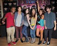 Victorious Cast:)