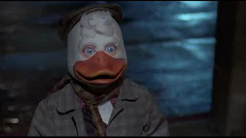 Howard the Duck - alone in the city