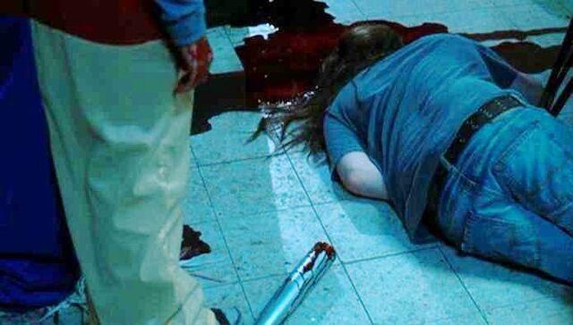 File:Michael murders Steve.jpg