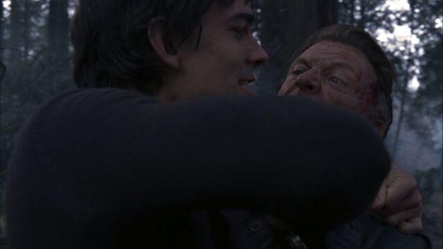 File:Henry kills Wakefield.jpg