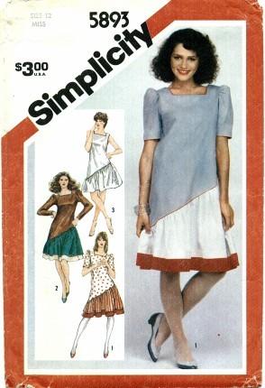 Simplicity 5893