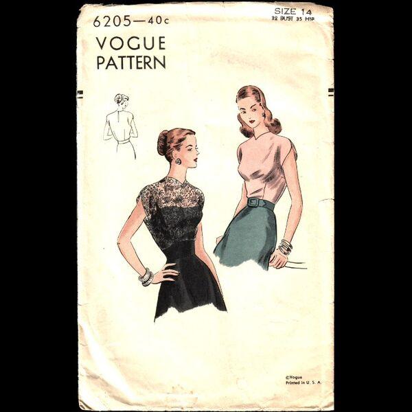 Vogue 6205 Blouse FRONT