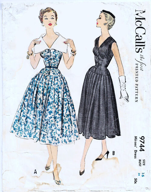 1958 Bombshell Dress cropped