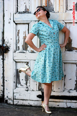 1940s shoe dress 1