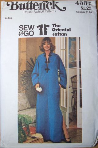 File:Butterick 4557.jpg