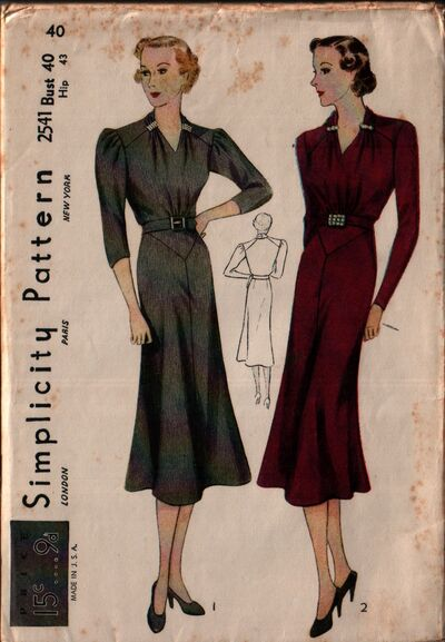 Simplicity 2541 front