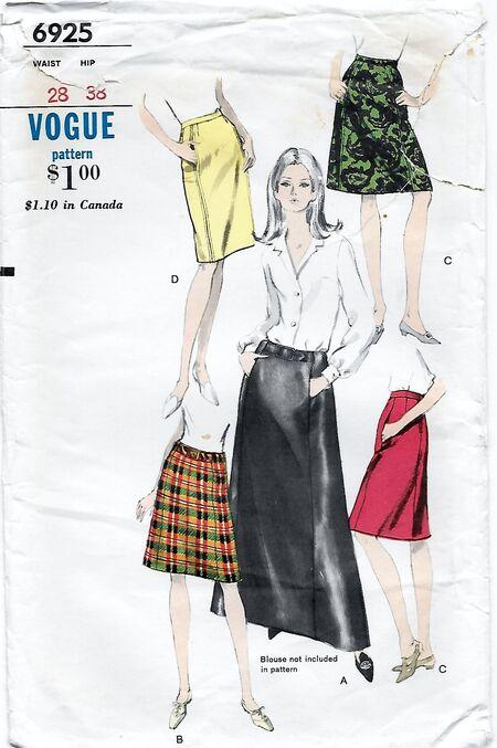 Vogue 6925 Front