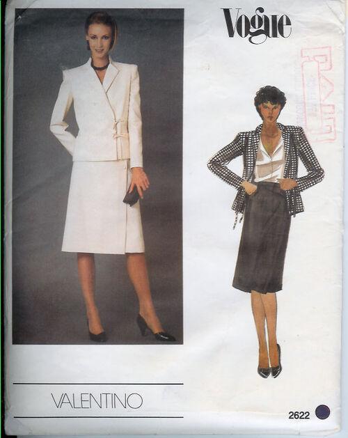 2622-1970s-Valentino-Suit