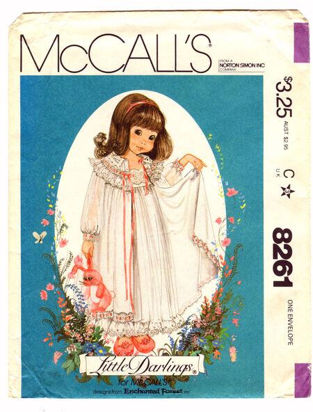McCalls 8261