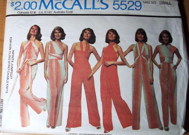 File:McCall's 5529.jpg