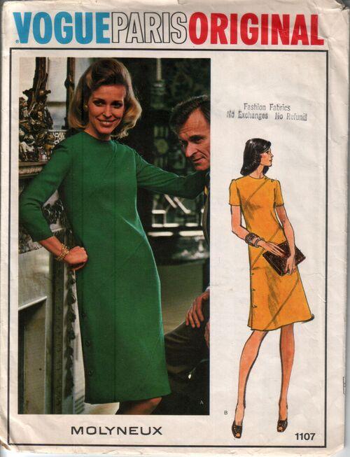 Vogue 1107 front
