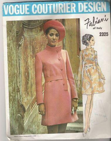 File:Vogue2325.jpg