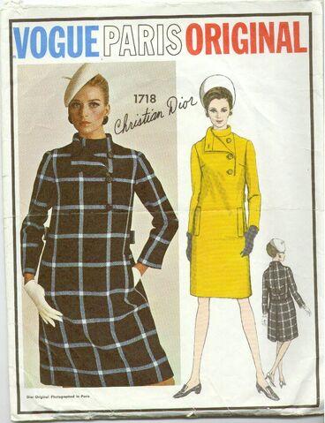 File:Vogue1718A.jpg