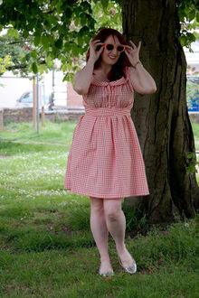 Leachway-Dress-vintage-wikia