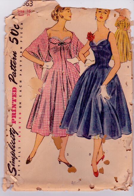 Simplicity 4663 Vintage Sewing Pattern