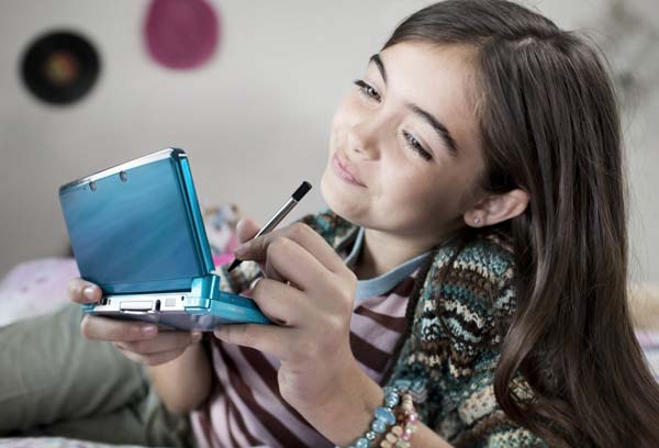 File:3DS-Girl-Picture.jpg