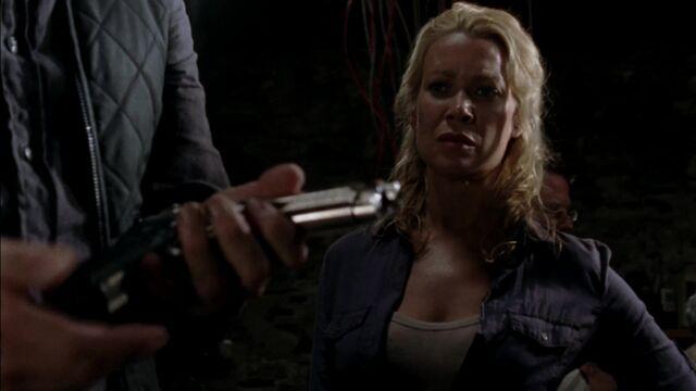 File:The Walking Dead S03E08 1307.jpg