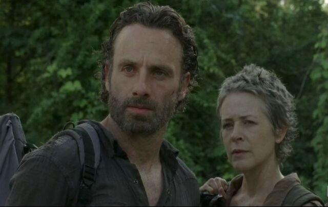 File:Rick&Carol404.jpg