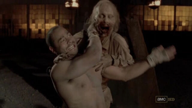 File:Jose-Pablo-Cantillo-in-The-Walking-Dead-episode-3.05-16.jpg