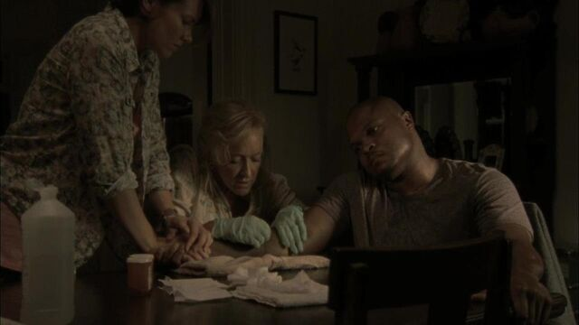 File:Maggie, Patricia and T-Dog 2x03.jpg