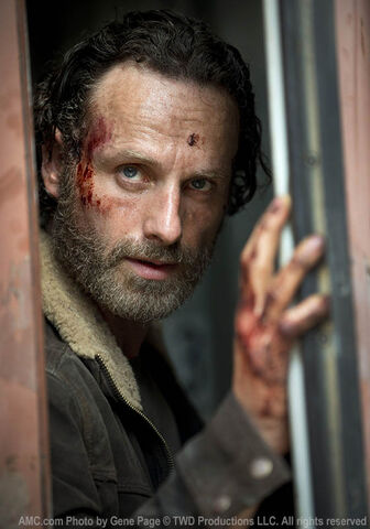 File:TWD-S5-First-Look-Rick-560x800.jpg
