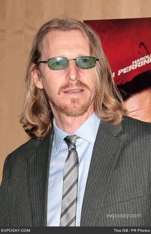 File:Lew-temple-killing-jar-los-angeles-screening-0ST4ke.jpg