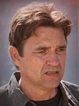 File:Season two thomas abigail.png