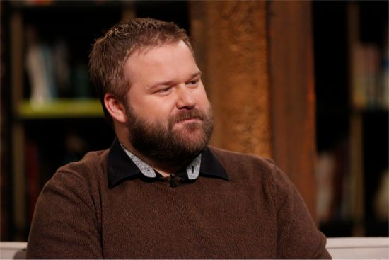 File:Robert-kirkman-talking-dead.jpg
