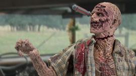File:McFarlane Toys The Walking Dead TV Series 5.5 RV Walker 1.jpg