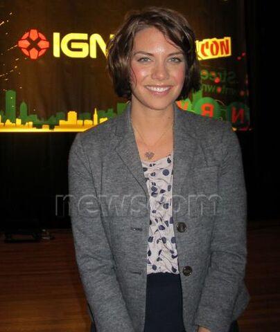 File:Lauren smile6.jpeg
