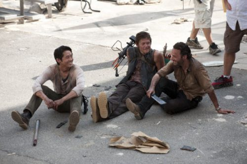 File:Behind-the-scenes-walking-dead-1.jpg