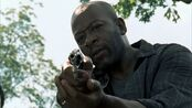 Walking.Dead-Morgan-Revolver-1