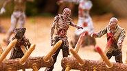 The Walking Dead TV Walker Barrier Building Set 5