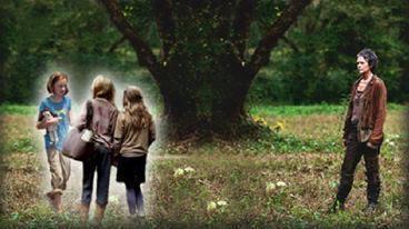 File:Carol and daughters.jpg